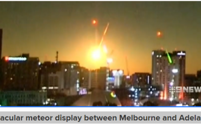 Spectacular meteor display between Melbourne and Adelaide